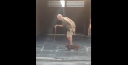 Ο πιο υπομονετικός σκύλος στον κόσμο (Βίντεο)