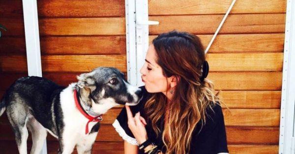 Η Δέσποινα Βανδή υιοθέτησε την αδέσποτη σκυλίτσα που περιφερόταν έξω από το σπίτι της