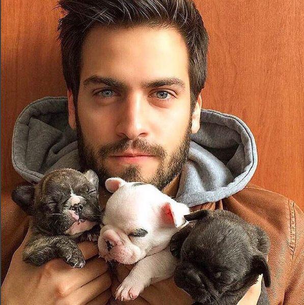 σκύλοι άντρες