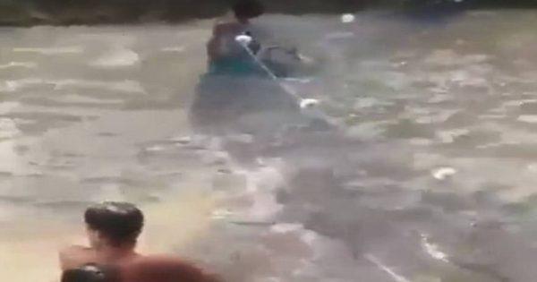 Πήγαν να ψαρέψουν και δείτε τι τους έκαναν τα ψάρια (βίντεο)