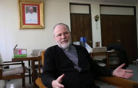 Υψηλόβαθμος ιερέας προτείνει την ευθανασία για όλα τα αδέσποτα