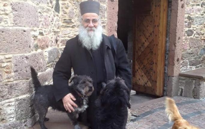 Ιερά Αρχιεπισκοπή Κρήτης Αδέσποτα
