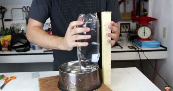 Αυτοτροφοδοτούμενο μπολ νερού για σκύλους! (video)