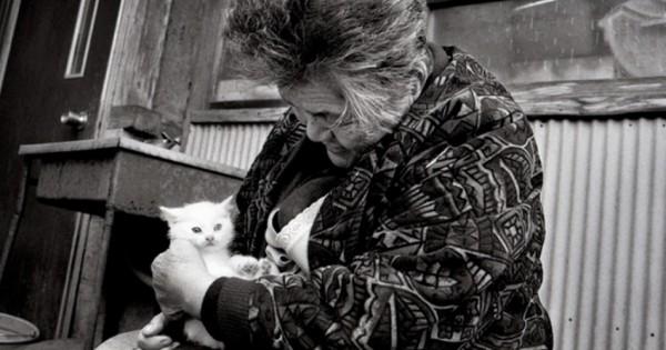Αχώριστοι ως το τέλος: η καθημερινή λατρεία μιας 90χρονης γιαπωνέζας αγρότισσας με την υπασπίστρια γάτα της (Εικόνες)