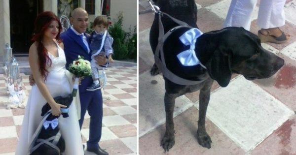 Παντρεύτηκαν και βάφτισαν τον γιο τους έχοντας μαζί τους τον σκύλο τους