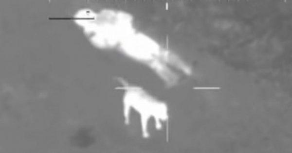 Άντρας χάνεται βράδυ μέσα σε δάσος. Αυτό που κατέγραψε η κάμερα του ελικοπτέρου της αστυνομίας έχει συγκλονίσει τον πλανήτη!