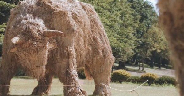 Μην τρομάξετε: Αυτά τα γιγάντια ζώα είναι από… ρύζι!